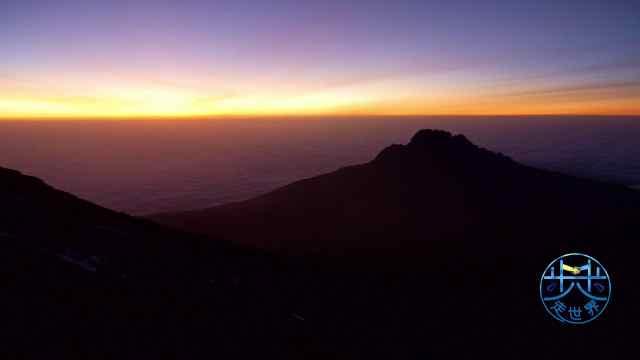 乞力马扎罗第五天午夜起身冲向顶峰