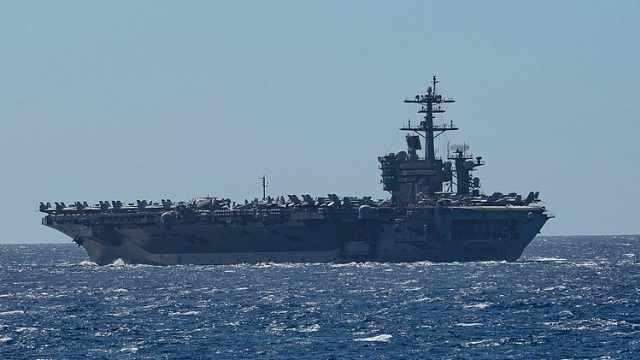 美太平洋舰队一航母至少23名士兵确诊,5千人全体接受检测