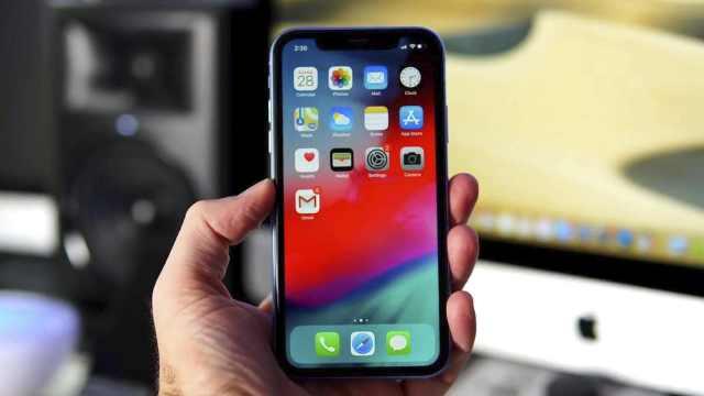 iPhone XR遭集体诉讼,5G新机发布推迟