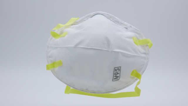 纽约药剂师倒卖N95口罩被查:查获6500个,感觉自己像毒贩