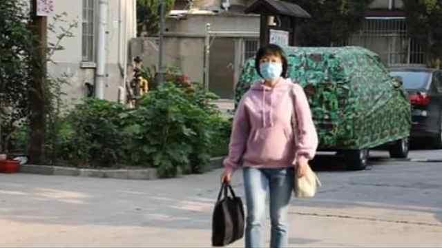 扬州援汉医生放弃休假为居民义诊:闲着也是闲着