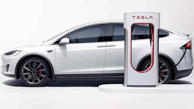 特斯拉追缴充电车位超时费,这波操作你怎么看?