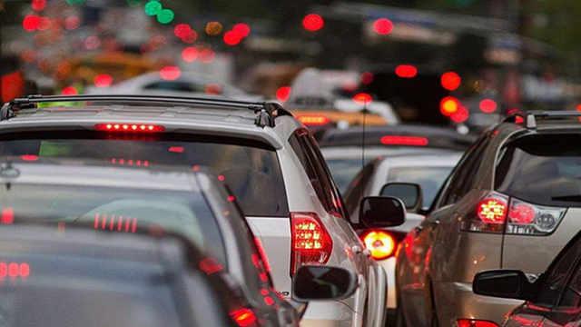 AI数据:3月全国汽车销量同比下降43.3%