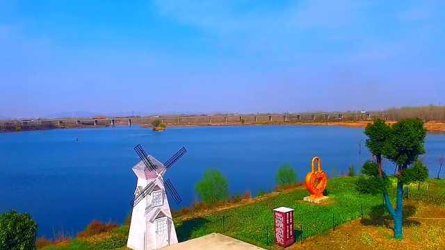 河南叶县:牡丹郁金花绽放,沙河景色醉游人