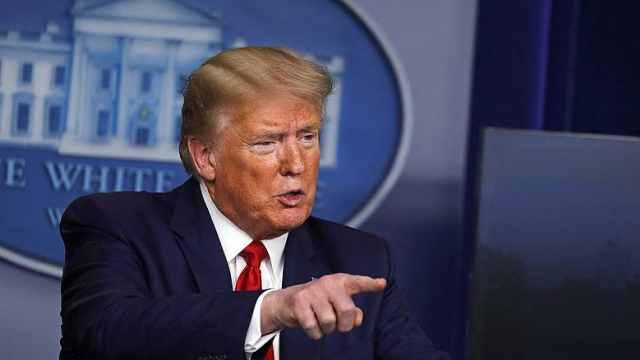 详解特朗普60天移民暂停令:难帮美国人就业,延长时间恐违法