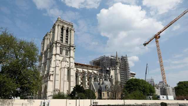 直播:巴黎圣母院修复工程重启!防控疫情,只许10人同时作业