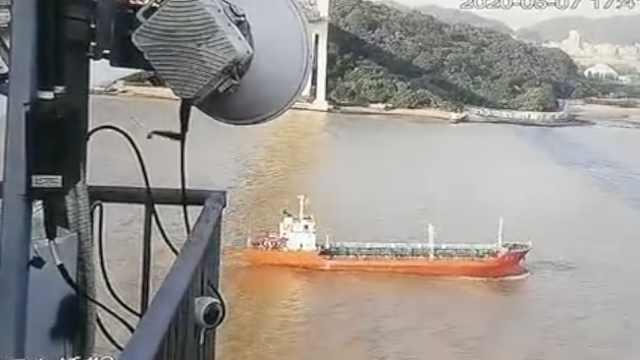 虎门大桥通航水域恢复通航,2艘拖轮在大桥上下游应急值守