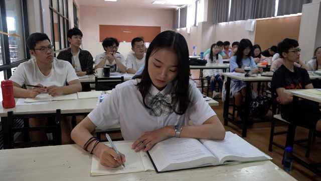 高三美女学霸拿到4份国外高校offer:想做程序员,不怕秃头