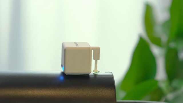 """这个远程控制""""手指"""",让家居设备秒变智能!"""