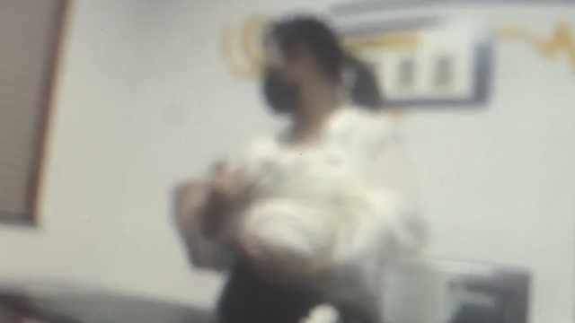生两娃后又意外怀孕,女子13万卖出小女儿后悔报
