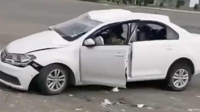 驾校教练开车出车祸2名学员身亡,家属:孩子刚毕业找到工作