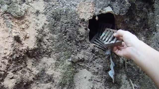 工人施工挖出38枚锈迹斑斑的子弹,警方介入调查