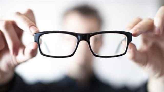 山西长治把裸眼视力纳入中考评价,官方:先天