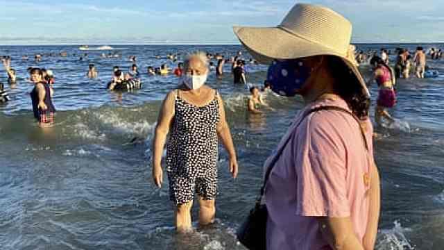 越南百日首现本土新冠病例,岘港紧急疏散8万名游客