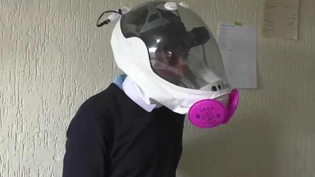 次时代防护?哥伦比亚推出航天头盔新冠面罩:航空工程师操刀