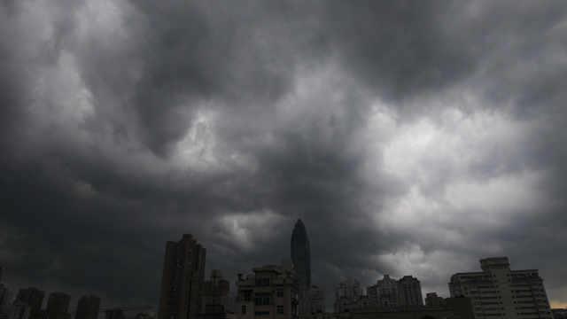 """直播:台风""""黑格比""""逼近,淮河以南暴雨将至"""