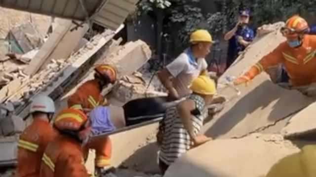 山西临汾一饭店坍塌多人被埋,已致2人遇难搜救