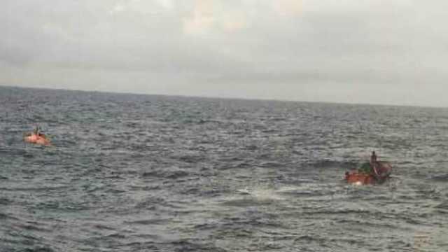 一艘福建晋江籍渔船在台湾海峡遇险沉没,12人失联