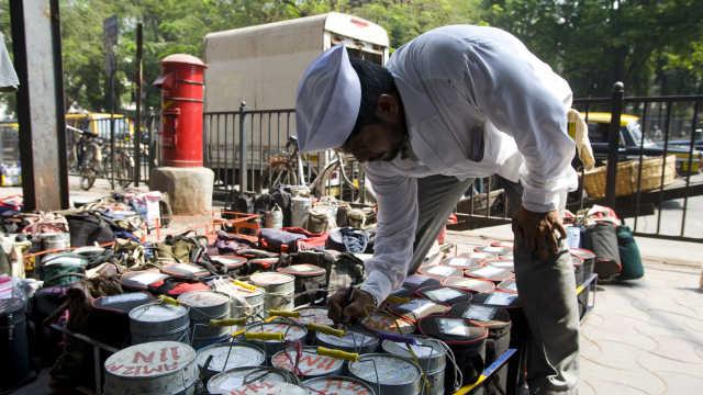 印度外卖骑手:不借助现代科技,5000人每天送20万份饭