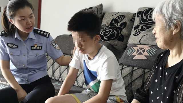 重庆一栋楼住140名聋哑人,女民警自学手语调处