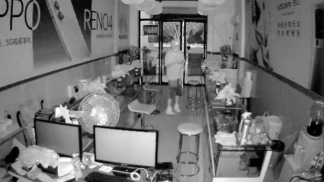 杭州一手机店两次进贼货被偷光,店主怀疑同一批人作案