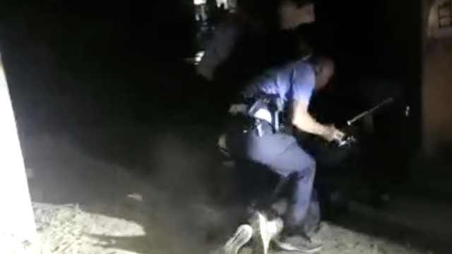 抓捕视频曝光!1男1女被抛尸河底,杀人嫌犯已经落网