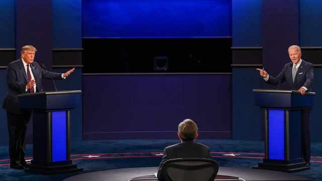 史上最混乱美国大选辩论:4分钟回看特朗普拜登激烈交锋