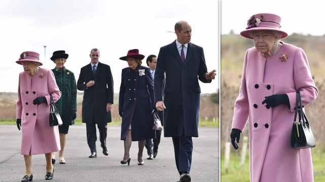 英国女王疫情后首次出席公开活动,不戴口罩挨批评