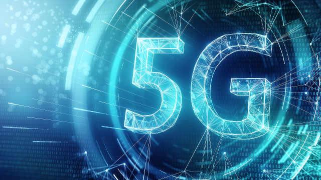 《鸿篇巨智》5G之心助力智慧工业