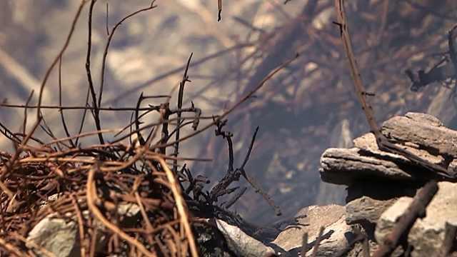 一场战火绵延千年,至今山峰还在冒烟?