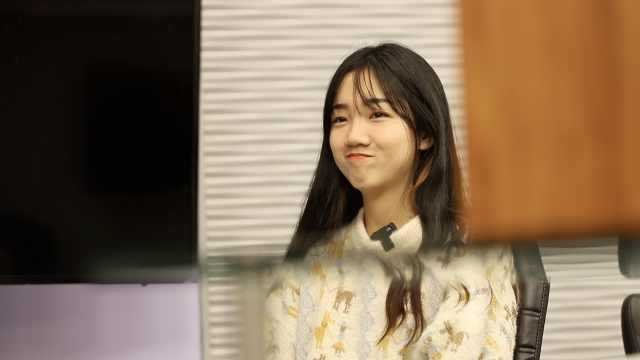 中国电竞人|她19岁成LOL最年轻官方主持:压力太大,来不及浮躁