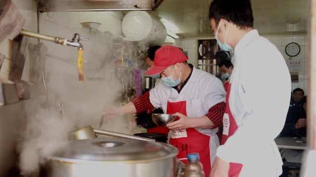 河南拉面在沪开店第一人:师从兰州拉面,已落户上海21年