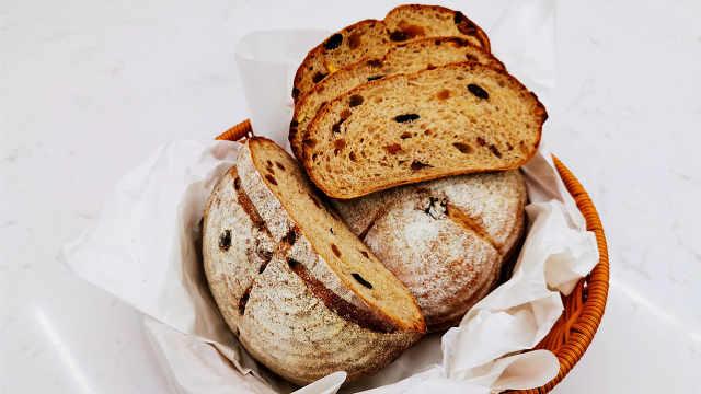 红酒果干全麦面包:春夏低脂必备健康面包