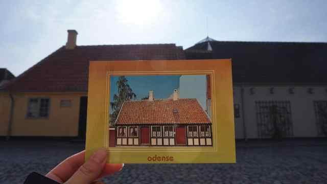 小伙子走遍全球,收集了全世界最美的邮票