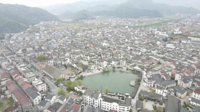 杭州一古村千年前供排水系统沿用至今,800米暗渠贯穿整村