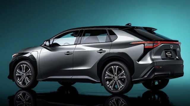 丰田全球首发电动新款,风头盖过皇冠SUV?