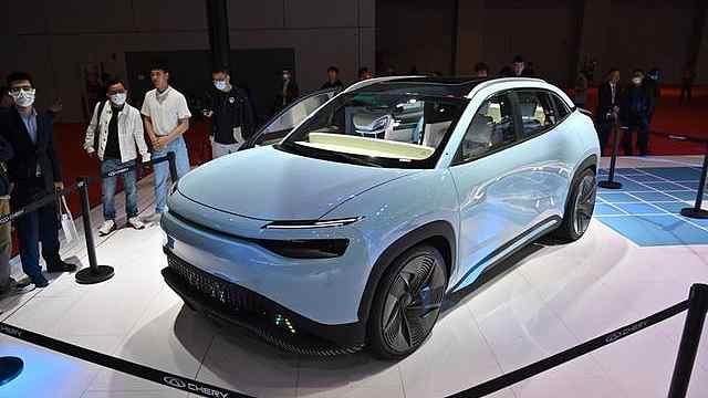 奇瑞全新概念车亮相,不对称的车门你见过吗?