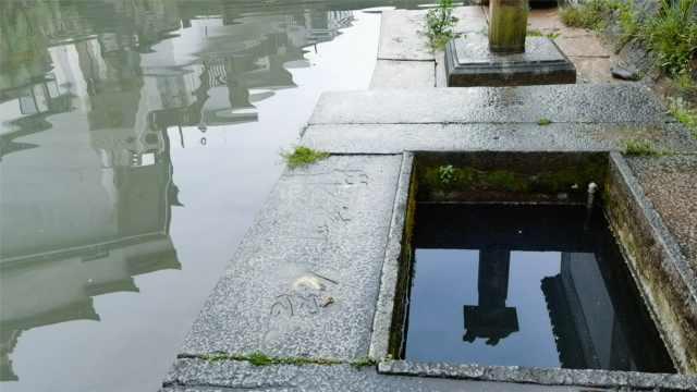 井水不犯河水源自这个安徽小村庄,村民沿河凿井清浊分明