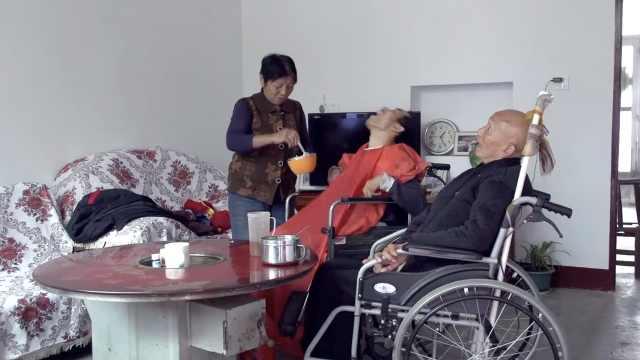 丈夫和儿子相继患上渐冻症,她23年不离不弃靠种地撑起一个家
