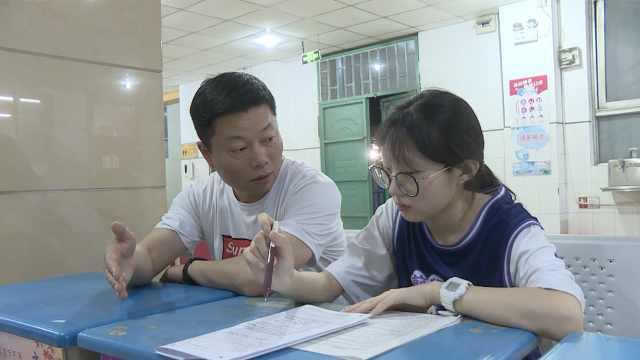 距离高考不足10天,河北衡水中学高三学生在干啥?