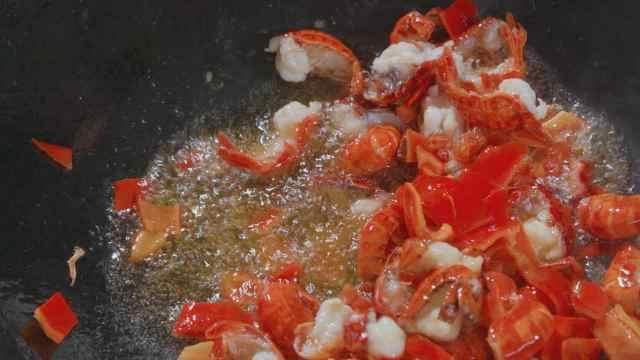 在潜江每个人都会做的炒虾球究竟有多下饭?