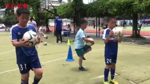 """""""小南狮""""校园足球嘉年华锻炼身体又有趣,国脚通过视频助力"""