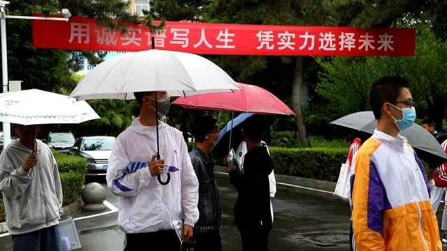 庆阳市59401名考生走进中考考场