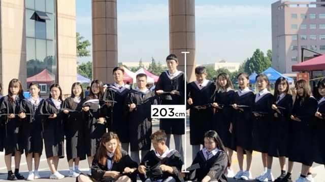 小伙身高2.03米拍毕业照成中轴,1.85米下铺班长:很有压力