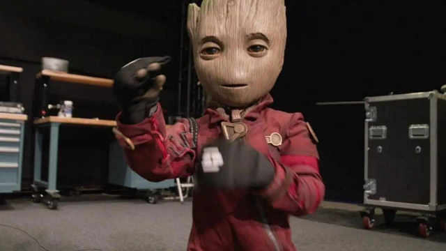 可双足行走的小格鲁特机器人,现实中与你招手哦!