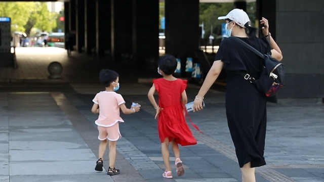 深圳将启动小学生暑期托管服务试点,你怎么看?