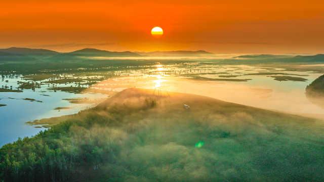 呼伦贝尔到底有多美?航拍亚洲第一湿地,湿地草原森林相交汇