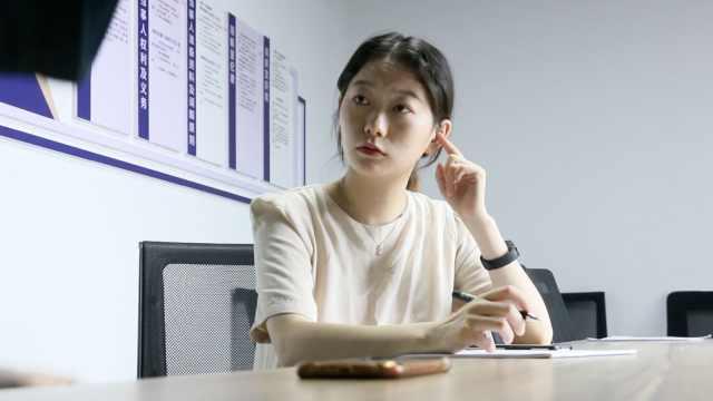 90后女孩成中国首位聋人律师:把正义之声带到无声角落