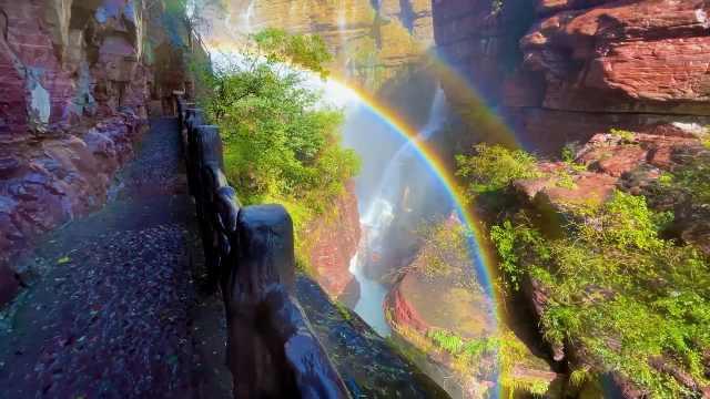 彩虹成群!河南云台山多个景点雨后现瀑布彩虹
