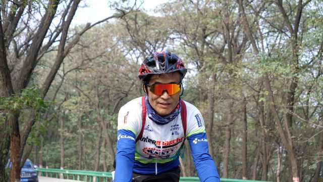七旬糖尿病老人8年骑行10万公里:管住嘴迈开腿,人也变年轻